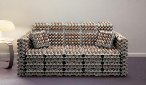 kanapes-me-avga.jpg