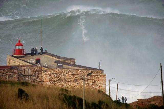 portugal Nazare higher wave record garett Mcnamara